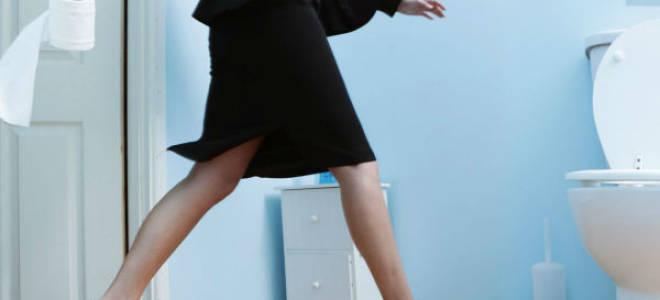 Недержание мочи при климаксе у женщин, лечение и причины