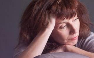 Как остановить маточное кровотечение при климаксе: причины кровопотери и поводы для визита к врачу